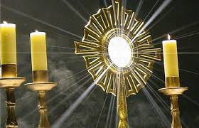 Adoration Saint sacrement